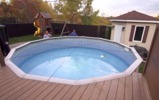 Clean a Swimming Pool After Winter