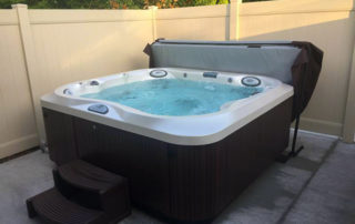 Best salt water hot tubs