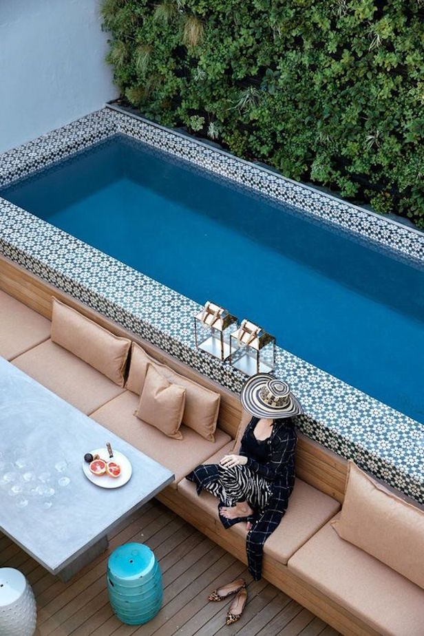 17 Ways to Add More Glamour to Your Above – Ground Pool