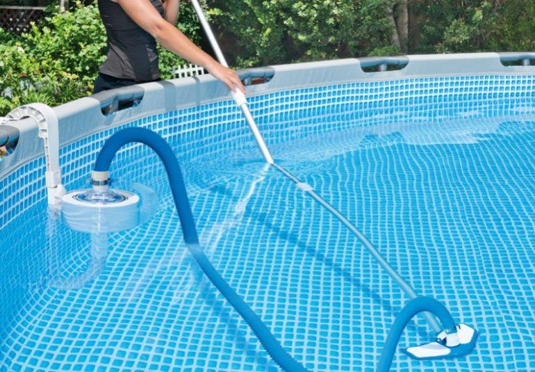 Top 10 Best Above Ground Pool Vacuum for Intex | Pool ...