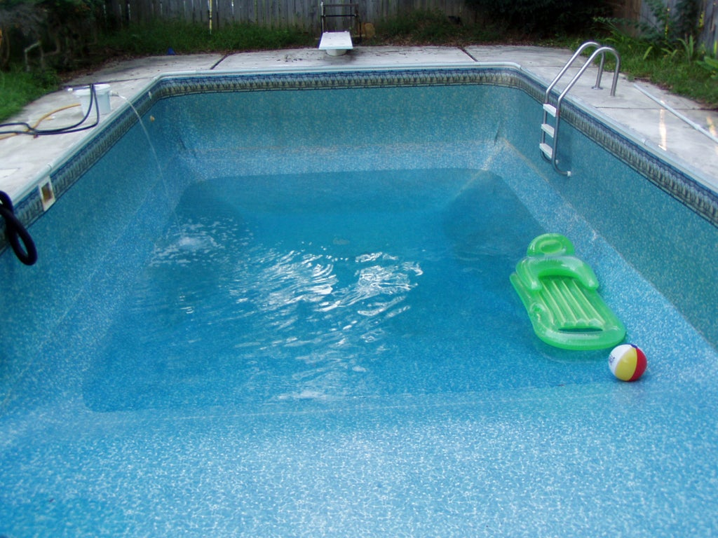 How to Drain and Refill Your Swimming Pool