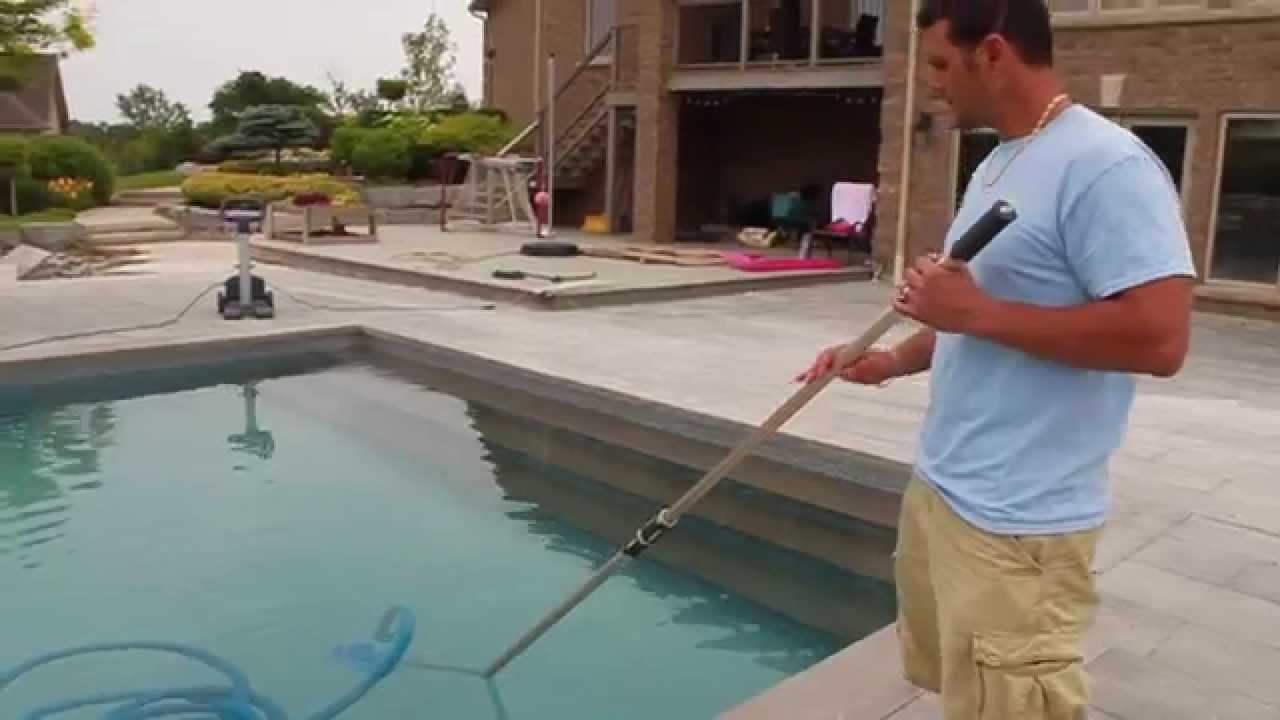 How To Vacuum Your Pool Manually